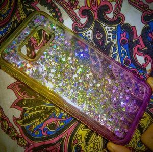 🔹️Glittery Phone Case